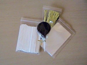"3"" Paper Lollipop Sticks, Cello Bags and Twist Ties"